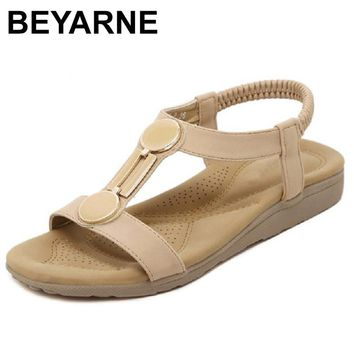 BEYARNE New 2018 Exquisite Diamond Bohemian National Rhinestone Fashion Flat Shoes Summers Sandals Large Size Casual Shoes