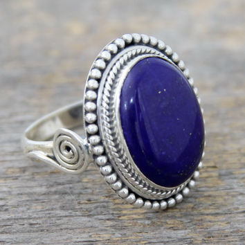 Lapis lazuli cocktail ring, 'Royal Blue Glow'