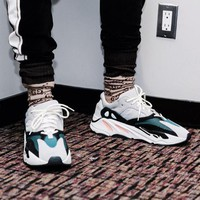 Adidas Yeezy 700 Runner Boost Trending Women Men Running Sport Shoes Sneakers I