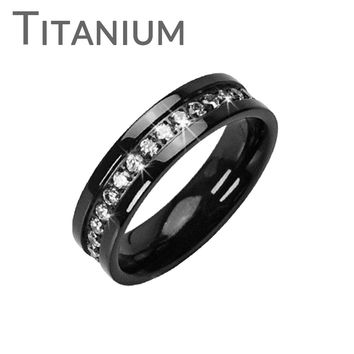 Starfire - Solid Black with Circled Round Cubic Zirconias Titanium Wedding Band