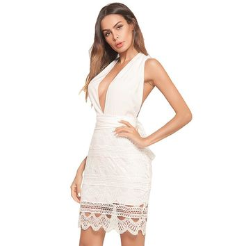 Little White V-neck Sleeveless Backless Embroidery Cut Out Cocktail Gowns Above Knee Party Formal Dress
