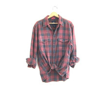 Vintage boyfriend flannel / red and gray plaid shirt / grunge shirt / tomboy shirt