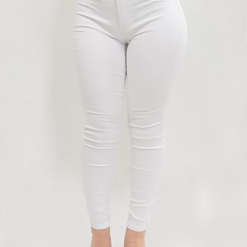 'Pinna' YMI White Solid Mid-Rise Jeans