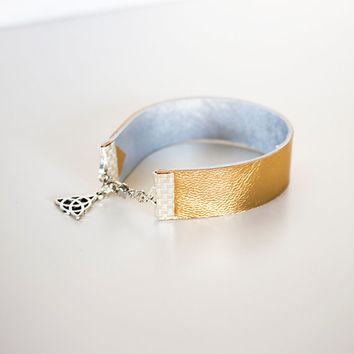Gold Silver Leather Bracelet // Metallic Geometric Cuff // Triangel Reversible Art deco Stacking Bracelet