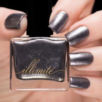 illimité Suits Of Armor Nail Polish