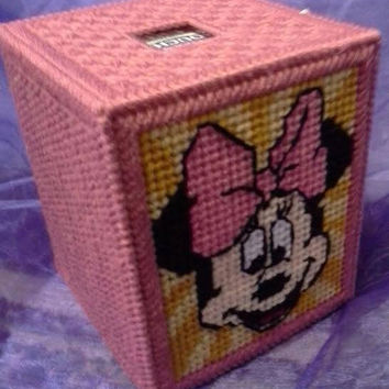 Minnie Mouse Tissue Box Cover, Boutique Box, Bedroom Decor, Minnie Mouse, Plastic Canvas, Minnie Mouse Decor, Stocking Stuffer, Holiday Gift
