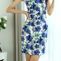 Blue flowers dress from shoplayla