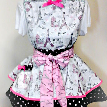 Womens Paris Sweetheart Apron, Womens Vintage, Flirty Style Kitchen Apron with Pocket