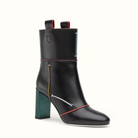 FENDI | ANKLE BOOT in black leather