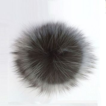 PPM002 Genuine Real Silver Fox Fur Pompom Fur Pom Poms Ball for Hats Natural Fur Pompon Ball For Shoes Caps Bags Accessory