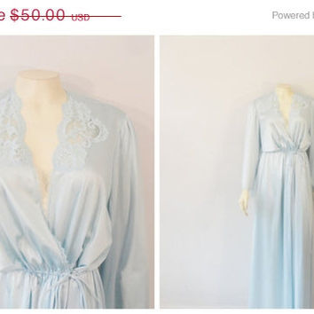 SALE Vintage Dressing Gown Robe Vanity Fair Blue Liquid Satin  Drawstring Dressing Gown Robe Size Medium Modern M L Xl