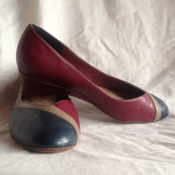Vintage shoes | 1980s two-tone Naturalizer low heel flats, US 8-8.5