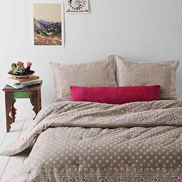 Magical Thinking Calicut Comforter-