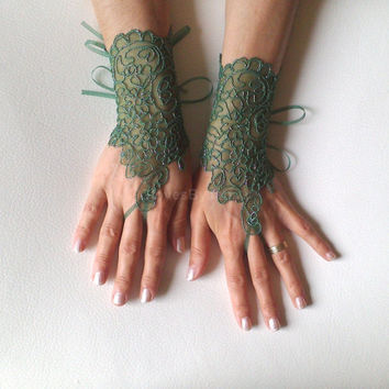 Green little silver lace gloves fingerloop glove  free ship bridal glove lace gauntlets guantes bridesmaid prom party gift