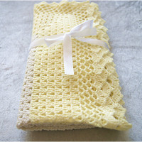 Handmade crochet baby blanket, afghan, granny square,ivory white and pastel yellow, with lace, summer