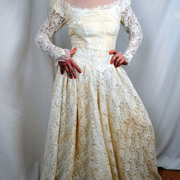 Vintage 1940s Wedding Dress Gown by Designer Miriam by RogueRetro