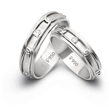 Eternity Knotted Links with Single Diamonds JL PT 209