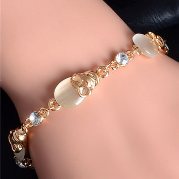 Free Shipping Gold Plated Austrian Crystal Topaz Skull Charm Bracelets Party Chain Bracelet Fashion Jewelry for Women TH433