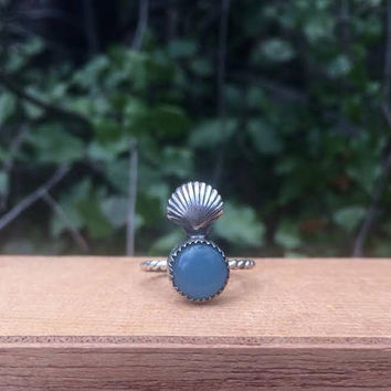 Sterling Silver Mermaid Ring Size 6.25 / Sterling Silver Ring / Blue Chalcedony Ring / Seashell Ring / Round Chalcedony Ring / Shell Ring