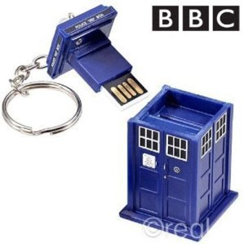 Doctor Who Memory Stick - TARDIS 4GB USB Key Chain with Flashing Blue LED Light