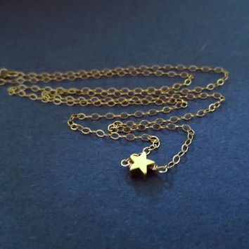 Small Gold Star Goldfilled Necklace, Tiny, Dainty, Jewelry