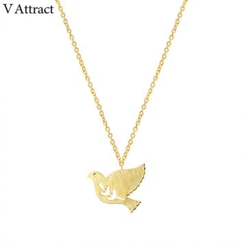 V Attract 2017 Cute Branch and Bird Pendants Necklace Women Fashion Jewelry Silver Chain Peace Dove Choker Couple Charm