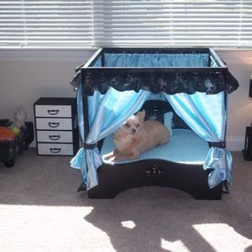 Canopy Luxury Dog Bedroom Set