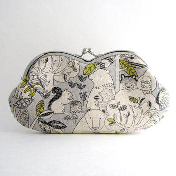 Sunglasses case Eyeglasses Case Clutch Purse - animal in woods