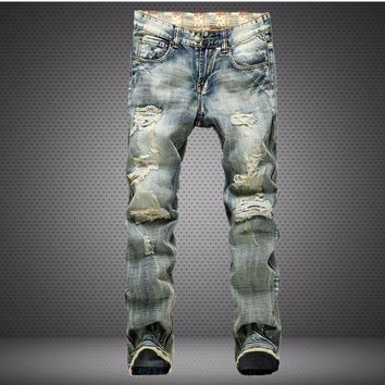 New Fashion Mens Ripped Jeans Destroyed Casual Pants Slim Fit Straight Washed Denim Pants Trousers Casual Jeans 2017 Hot