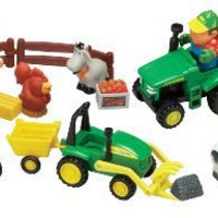 Ertl John Deere Fun On The Farm Playset
