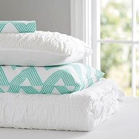 Ruched & Zig Zag Stripe Deluxe Value Duvet Set