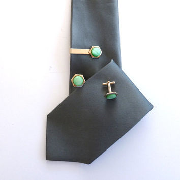 Tie Clip and Cufflink Set Gold Tone Green Pearlescent 1960s Suit Accessories Mens Jewelry