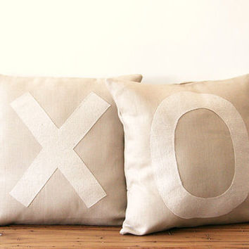 "xo decorative pillow cover set / linen / tan cream / typography / 16"" x 16"" / hugs and kisses / cottage decor / shabby chic / rustic decor"