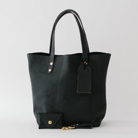 Black Kodiak Leather Tote Gift Set