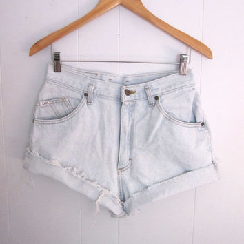 Vintage 90s Light Wash High Waisted Cut Off Denim Shorts Mom Jean Blue Cuffed 28""