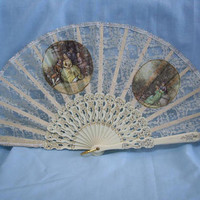 Vintage Off White/Ivory Lace Hand Held Fan