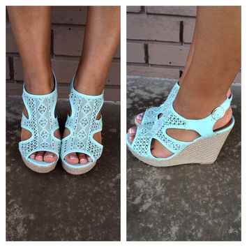 Mint Lena Cut Out Wedges
