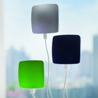MONOQI | Window Solar Charger - Green