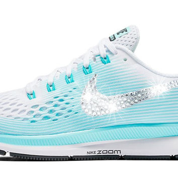 Clearance - Nike Air Zoom Pegasus 34 + Crystals - Aurora Green size 9.5 - SLIGHT DIRT MARKS ON INSIDE OF LEFT SHOE - SEE ADDITIONAL PICTURE