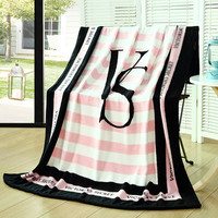 soft flannel fashion 130*150cm Pink VS Secret brand trend blanket throw Air conditioning Travel Plaids Hot Limited Battaniye