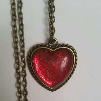 "Glitter heart necklace, antique brass, 24"" adjustable etched chain, Valentine's Day, pink or red, Free Ship in US, glass cabochon, jewelry"