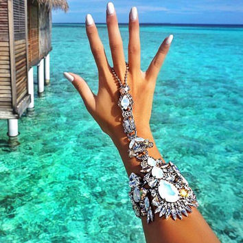 Fashion Women Finger Bracelet Pulseras 2016 Bohemian Gypsy Beach Charm Handle Gem Crystal Hand Chain Bracelet Bangle