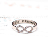BEST FRIEND Infinity Ring detailed with CZ in Rose gold
