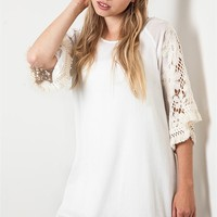 Umgee Off White Woven Shift Tunic Dress with Fringe Trim and Lace Sleeves