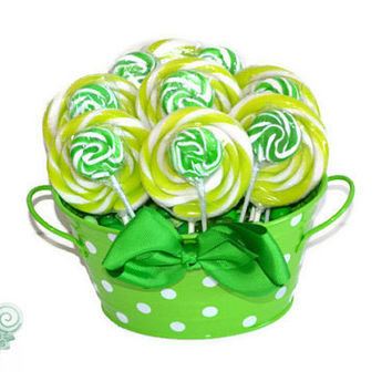 Green Candy Arrangement, Green Lollipop Arrangement, Candy Gift, Lollipop Gift, Candy Buffet, Green, Birthday, Sweet Sixteen, Quinceanera