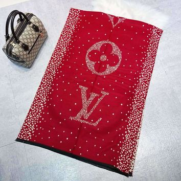 LV 2018 autumn and winter new pockmark letter jacquard double-sided warm scarf red