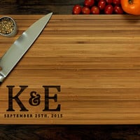 Personalized Cutting Board, Custom Wedding Gift, Initial Monogram, Hostess Gift, Christmas Gift, Kitchen Decor, Chopping Board