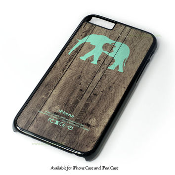 Mint Chevron Elephant On Dark Wood Background Design for iPhone 4 4S 5 5S 5C 6 6 Plus, and iPod Touch 4 5 Case