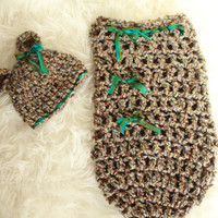 Crochet newborn  bear hat and cacoon, blue green brown, with hand dyed pure silk ribbon,photo prop