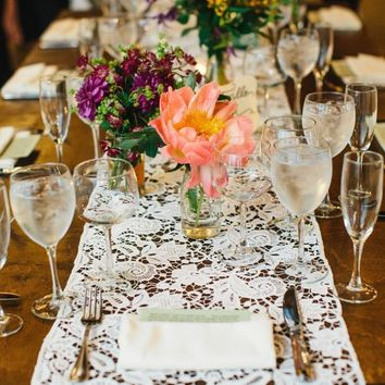 White Lace Table Runner | Boho wedding table decor